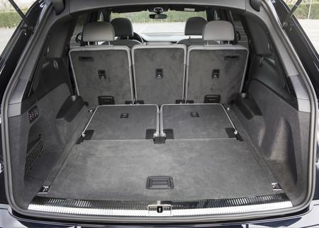 Audi Q7 maletero