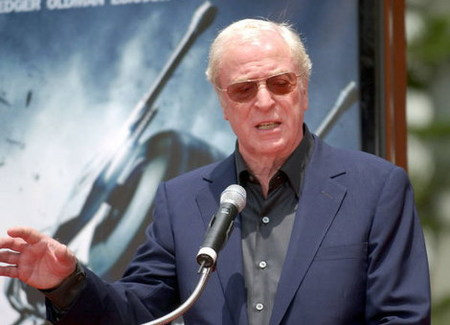 Michael Caine se une a 'Inception' de Christopher Nolan