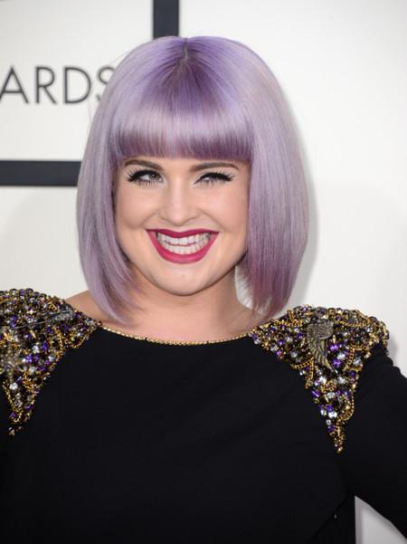 El look de Kelly Osbourne en los Grammy 2014: acertada (en parte)