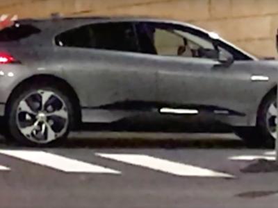 El Jaguar I-Pace sin camuflaje, dejándonos ver que aún hay marcas que mantienen la esencia de sus conceptos