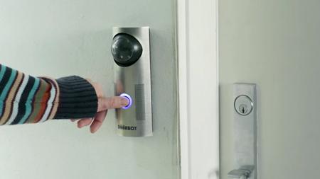 DoorBot, un timbre que nos permitiría ver quién llama y hablar con él desde el móvil