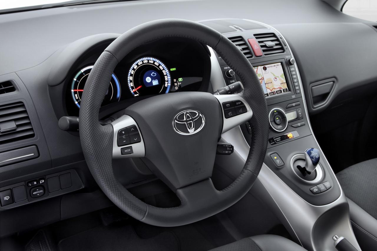 Foto de Toyota Auris HSD (32/71)