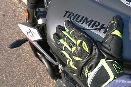Probamos los Seventy Degrees SD-N32, unos guantes muy cómodos y bien protegidos ideados en España