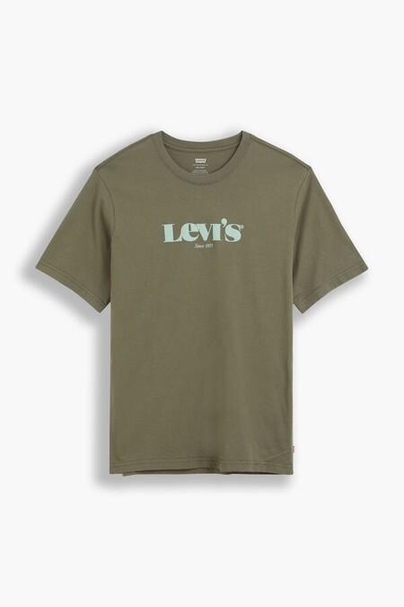 Estas Camisetas De Levi S Hacen De Su Logo Un Must De Otono Y Para Todo El Ano Que Consigues En Cortefiel Por Solo 15 Euros