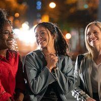 'Alguien especial' la película de Netflix con Gina Rodríguez que te enseña a reírte del drama del final de la juventud y la llegada de la madurez