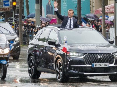 Emmanuel Macron convierte el DS 7 Crossback en un coche presidencial