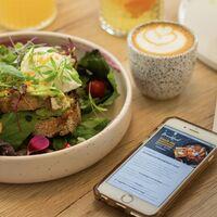 Modo oscuro mejorado, registro de comidas y cambios en iMessage: se filtran más detalles de iOS 15
