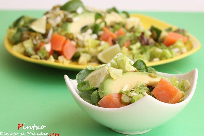 Ensalada de taquitos de salm n y aguacate y lima receta - Ensalada con salmon y aguacate ...