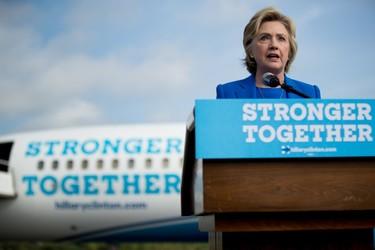 Hillary se crece ante la enfermedad,  porque eso es lo que haríamos cualquiera de nosotras