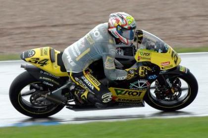 Naufragio español en la carrera de 250
