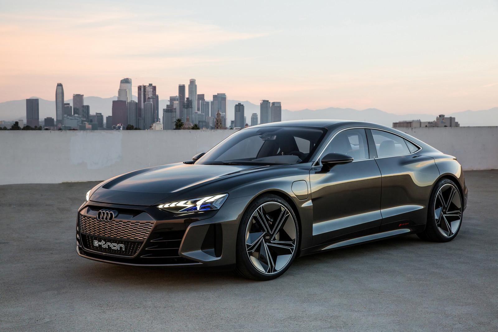 Foto de Audi e-tron GT concept 2018 (40/55)