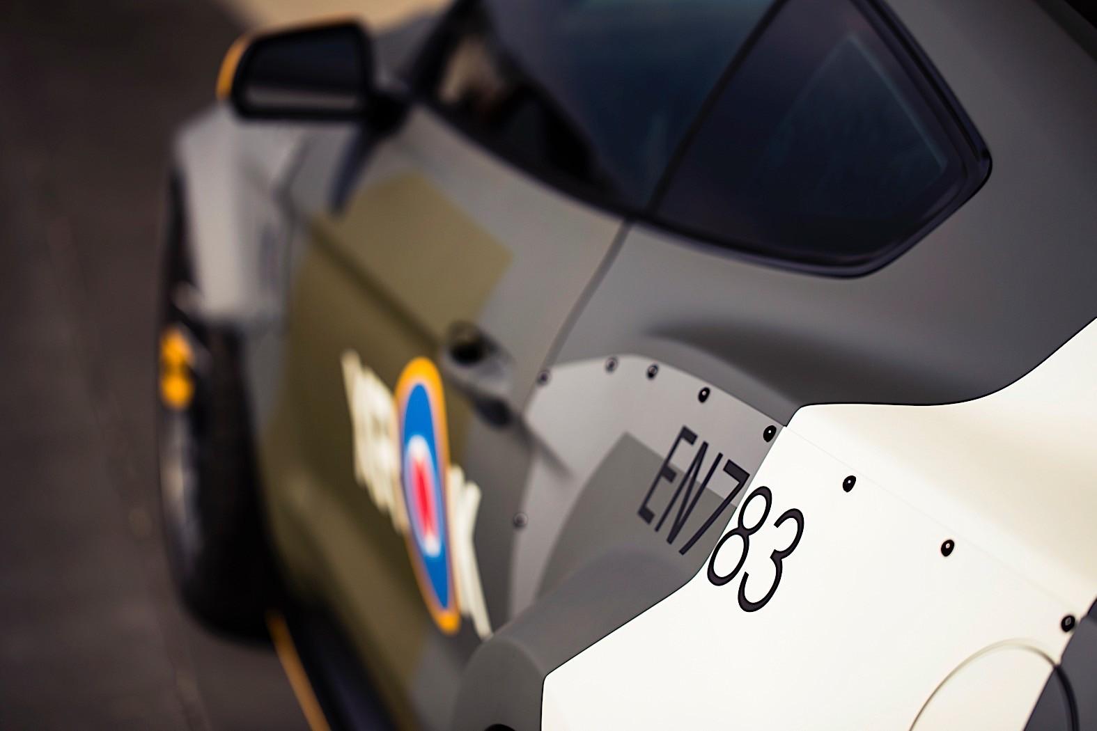 Foto de Ford Eagle Squadron Mustang GT (30/40)