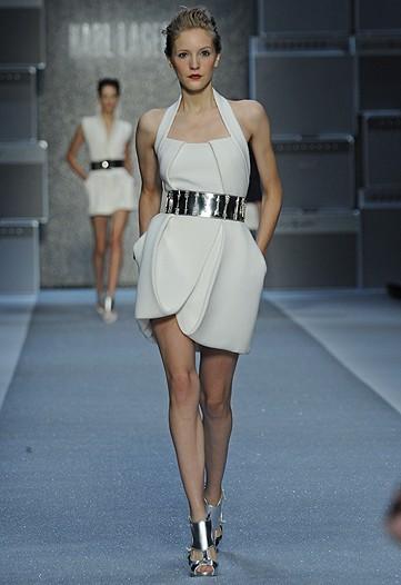 Foto de Karl Lagerfeld, Primavera-Verano 2010 en la Semana de la Moda de París (7/15)