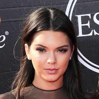 Kendall Jenner luce delgadísima en Instagram y las reacciones no se hacen esperar