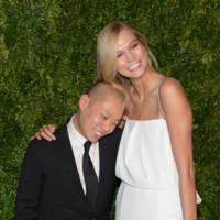 Las modelos lucen sonrisa pero arriesgan poco en la fiesta del CFDA y Vogue