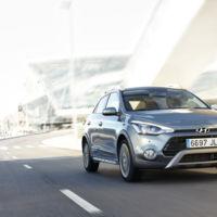 El Hyundai i20 Active es al i20 lo que el Volkswagen Polo Cross es al Polo