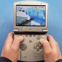 Un Nintendo 64 portátil y completamente funcional: el asombroso proyecto que nos deja jugar 'Super Mario 64' en cualquier lugar