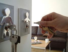 Las llaves de él, las llaves de ella