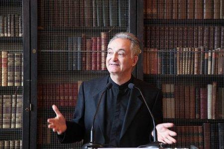 "Jacques Attali: ""Se le asestaría un duro golpe a la democracia si se ratifica el ACTA"""