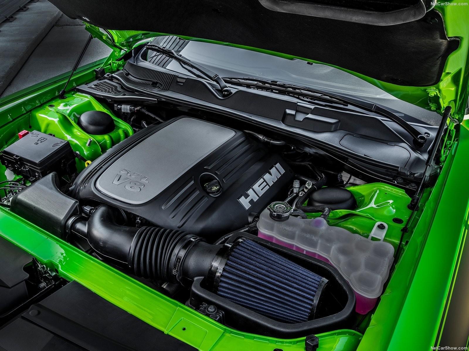 Foto de Dodge Challenger T/A 392 (10/13)