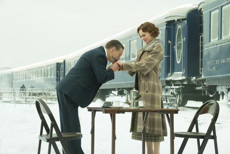 'Asesinato en el Orient Express' combina con gusto fidelidad e innovación en un thriller cómodo y sin complicaciones