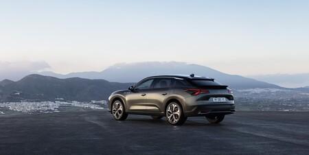 Citroën apunta a la extinción de sus motores diésel en tres o cuatro años y lo apuesta todo a los coches híbridos