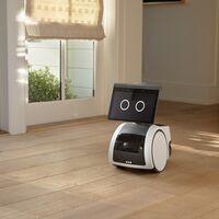 Astro es el robot doméstico de Amazon que vigila tu casa y que quiere ser algo más que un Alexa sobre ruedas