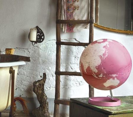 Light & Colour, Atmosphere diseña la lámpara que te llevará por el mundo
