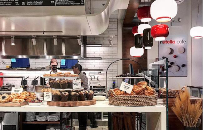 La Primera Cafeteria De Nutella Se Convierte En Una De Las Principales Atracciones Turisticas De Chicago