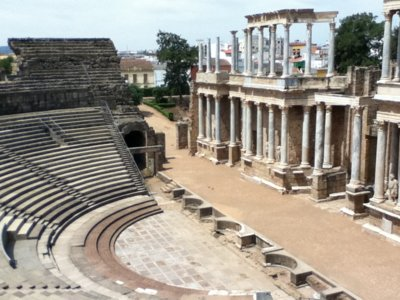 De teatro en teatro: 4 festivales que recorren España