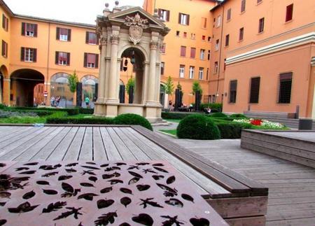 Patio del Palazzo Accursio