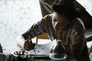 Martin Bergström y estudiantes de moda de la India crean la nueva edición limitada de IKEA, SVÄRTAN