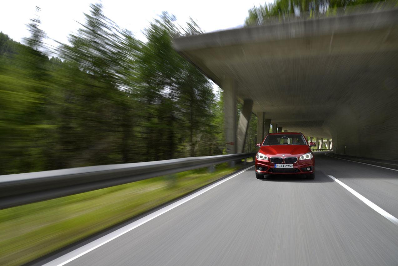 Foto de BMW Serie 2 Active Tourer, presentación (18/53)