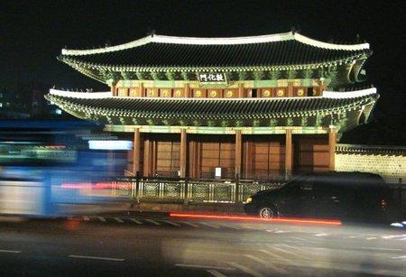 Corea del Sur: El Palacio Changdeokgung a la luz de la luna