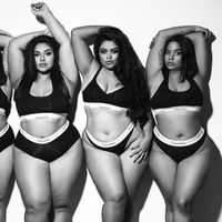 Cuatro modelos recrean la sesión de las hermanas Kardashian-Jenner para Calvin Klein pero pasada por el filtro del body positive