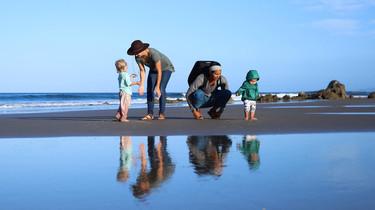¿Crees que viajar con niños es complicado? Esta familia lleva dos años recorriendo el mundo con sus hijos