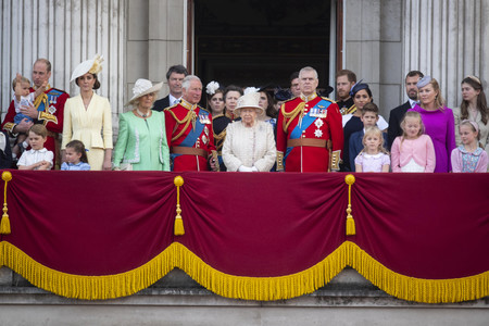 Familia Real Trooping The Colour