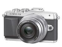 Olympus PEN E-PL7, toda la información sobre la nueva PEN con modo 'selfie'