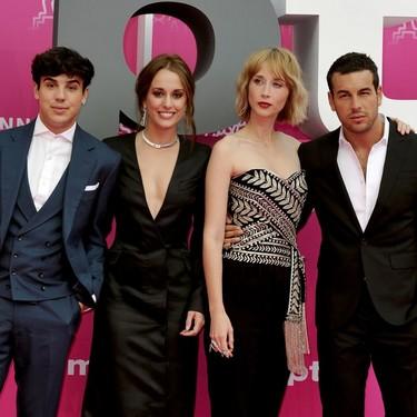 Las actrices españolas llegan a la alfombra rosa de Canneseries
