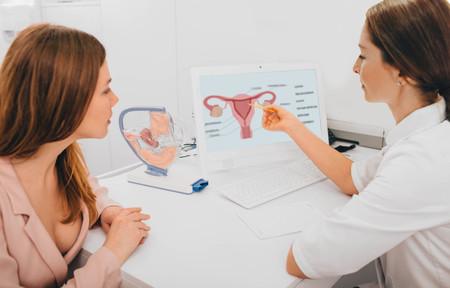 Siete problemas o enfermedades del útero que podrían afectar a la fertilidad: síntomas y tratamiento