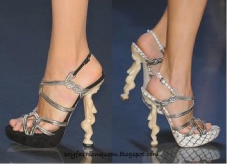 Nuevos zapatos de Dior con cariatides en los tacones