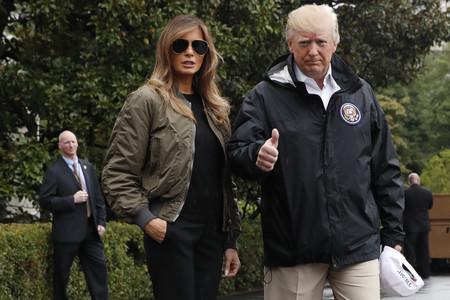 No se trata de un nuevo remake de Top Gun, tan solo es Melania Trump... ¡con bomber!