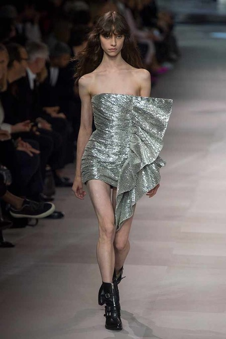 Celine Vestido Volante