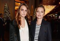 Kate Moss y Cara Delevingne ya piensan en Navidad