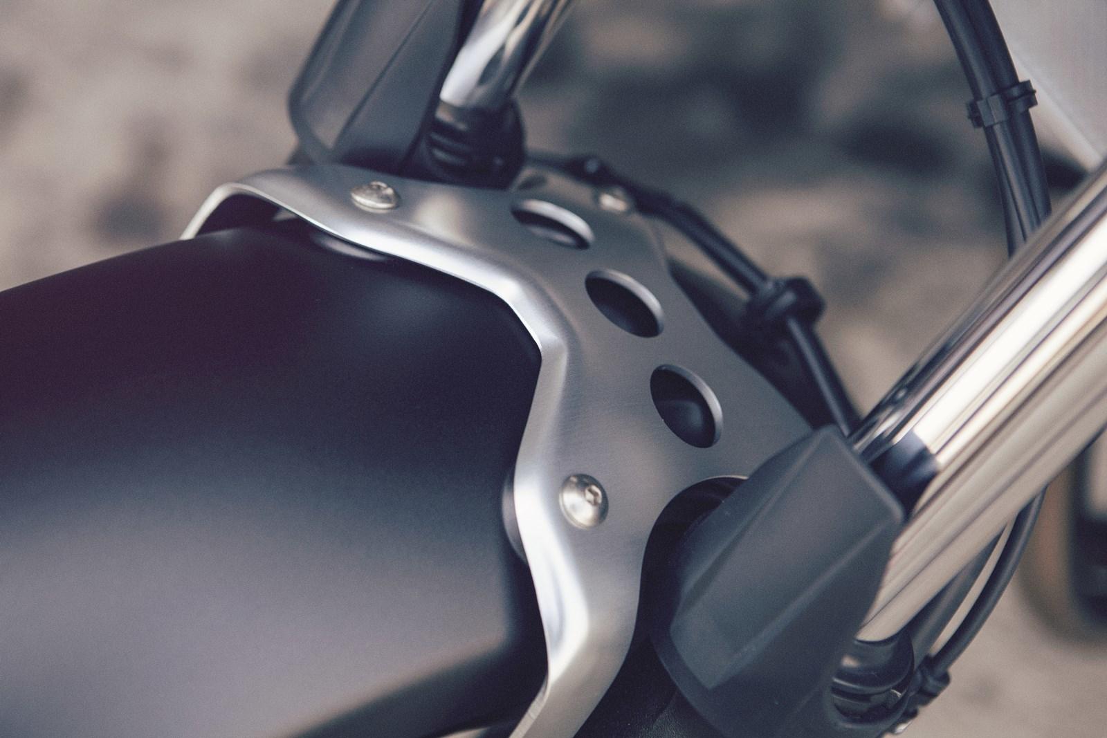 Foto de Yamaha XSR700 en acción y detalles (38/41)