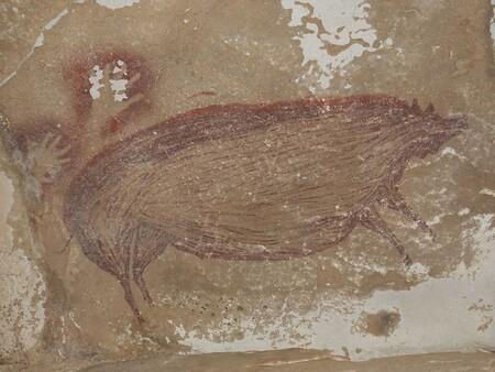 Esta pintura rupestre de un animal es la más antigua que se conoce hasta la fecha: ha sido encontrada en una cueva de Indonesia