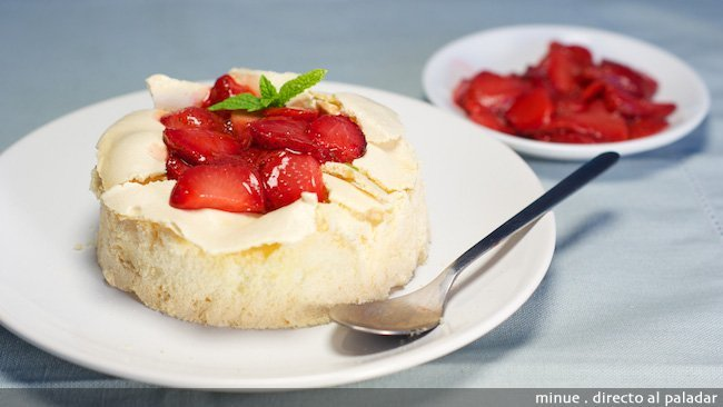 Merengue con fresas