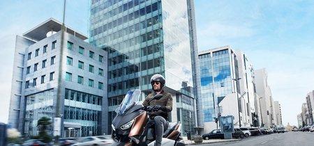 5.699 euros es lo que te costará la experiencia premium del nuevo Yamaha X-MAX 300