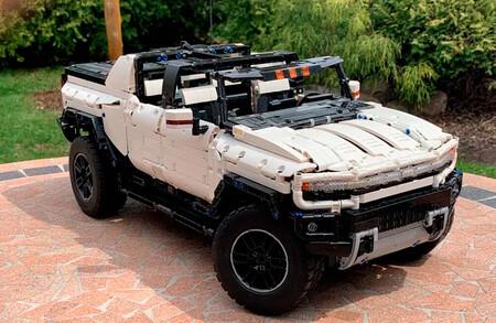 GMC Hummer EV llega a LEGO Ideas como una propuesta de 2,200 piezas