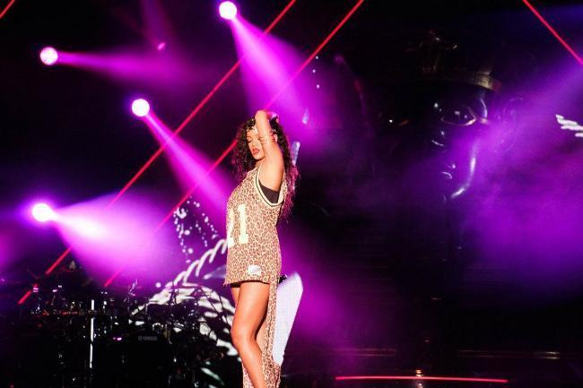 Rihanna en Concierto Tokio